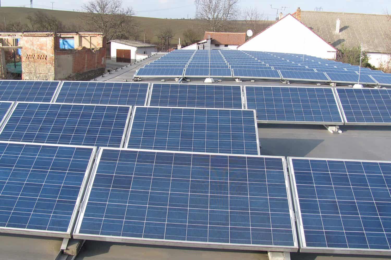 FVE o výkonu 30 kWp na střeše domu